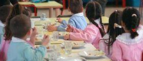 Corsico, genitori non pagano la mensa della scuola : Il Sindaco lascia senza pranzo 500 bimbi