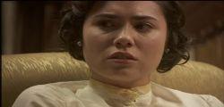 Il Segreto Anticipazioni | Video Mediaset Streaming | Puntata Oggi : Amore  tra Tristan e Candela?