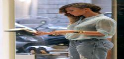 Belen Rodriguez : shopping hot a Milano con Cecilia