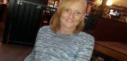 Julie Gill : Mamma si ubriaca e dimentica la figlia per tutta la notte nel parco
