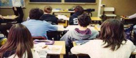 Bari : Mamma si reca a scuola e prende a schiaffi la prof della figlia