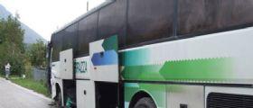 Caserta : Scontro frontale tra auto e bus di studenti