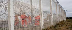Francia : il muro anti migranti finanziato dai britannici