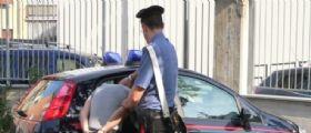 Puglia : Passeggiava con i figli spacciando in strada