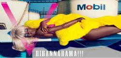 Rihanna senza veli e sexy bionda ossigenata per V Magazine