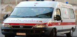 Bari : auto contro albero, morti tre ragazzi