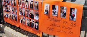La protesta dei cittadini a Venezia : Ecco le fotografie di chi ci borseggia