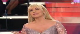 Ti lascio una canzone Diretta Streaming Video Rai Uno | I Campioni : Anticipazioni 26 Aprile 2014