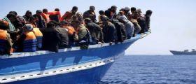 Migranti, affondano 4 barconi nel Mediterraneo: Oltre 400 dispersi