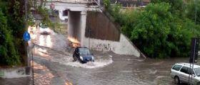 Ancona : 84enne seminuda sotto la pioggia!