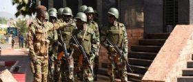 Mali | Attacco ad una base dell