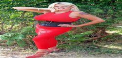 La 50enne Sharon Perkins ha il seno più grosso del Regno Unito. ...
