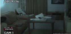 Video Mistero : Papà mette telecamera in casa per controllare la figlia