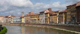 Pisa : Studente precipita dal Lungarno in un volo di 6 metri