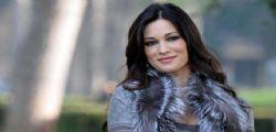 Manuela Arcuri ha cambiato vita : Mamma a tempo pieno