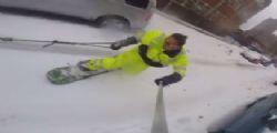 Casey Neistat fa Snowboard per le strade di New York!