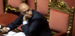 Arresti GdF : M5s, Alfano si dimetta - Dopo il fratello, anche il padre