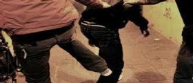 Salerno : Lite tra tre giovani finisce a coltellate