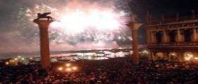 Venezia, festa del Redentore blindata : Posti di blocco e agenti per la festa in Laguna