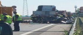 Tangenziale Treviso / Auto schiacciata tra due tir : Un morto e feriti