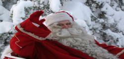 Genova : Arrestato Babbo Natale che prende a schiaffi una passante