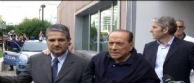 Silvio Berlusconi dimesso dal San Raffaele : Prova molto dolorosa, fra 2 mesi sarò utile all