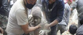 Terremoto in Nepal magnitudo 7.9 : 1500 morti, tra le vittime 18 alpinisti stranieri