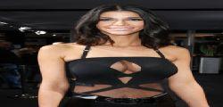 Micaela Schaefer hot presenta le sue sexy Action Figures!