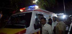 India - Incidente autobus scolari e camion : morti 25 bambini