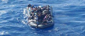 Naufragio Migranti : Trovato morto un ragazzino di 13 anni nella stiva