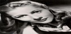 Joan Fontaine : E