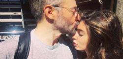 Bianca Atzei vicino a Max Biaggi : il pilota ancora in terapia intensiva