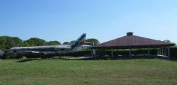 Rino De Marco : a Pordenone aereo nel giardino paga l