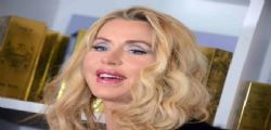 Valeria Marini super sexy a Cannes 2015