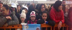 Napoli, Diretta Papa Francesco a Scampia: L'attesa dei tanti fedeli in piazza Giovanni Paolo II
