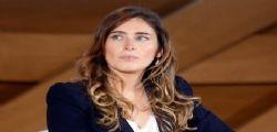 Maria Elena Boschi cambia look : A Selvaggia Lucarelli non piace!
