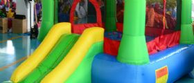 Jesi : bambino di 7 anni cade dal castello gonfiabile