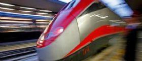 Torino-Milano : Illeso 44enne sui binari per farsi travolgere da un Frecciarossa