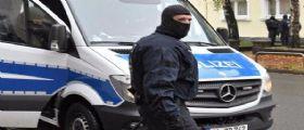 Germania, operazione della polizia anti-Isis : Irruzione in oltre 200 edifici - 5 arresti in Russia