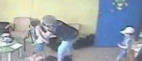 Modena, violenze su bambini : Arrestata maestra d