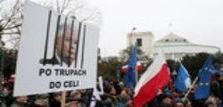 Polonia : A Varsavia non si ferma la protesta