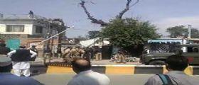 Attacchi Pakistan : 12 morti a Mardan e 4 terroristi uccisi a Christian Colony
