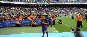 Presentato Neymar al Barça e il Camp Nou già impazzisce