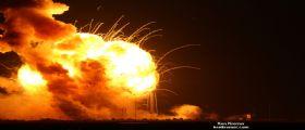 Antares della Orbital Sciences fallisce ed esplode al liftoff