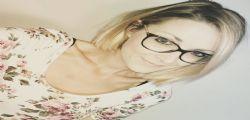 La rara malattia di Alison Turner : Rischia la paralisi in ogni momento