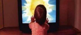 Gaiba (Rovigo) :  Bimba di 14 mesi schiacciata dalla tv mentre gioca