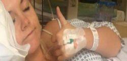 Emma Claire Rowlands : Il sex toy resta incastrato, va in ospedale e poi fa un selfie