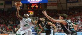 BASKET - Siena Vince contro Varese e si porta sul 2 a 1 nella serie