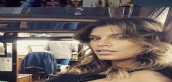 Elisabetta Canalis incinta su Instagram : supersexy col pancione anche in canoa