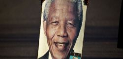 Nelson Mandela Grave : stato vegetativo permanente
